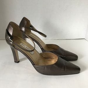 Ann Marino Leather Upper High Heel Shoes - Size 8M
